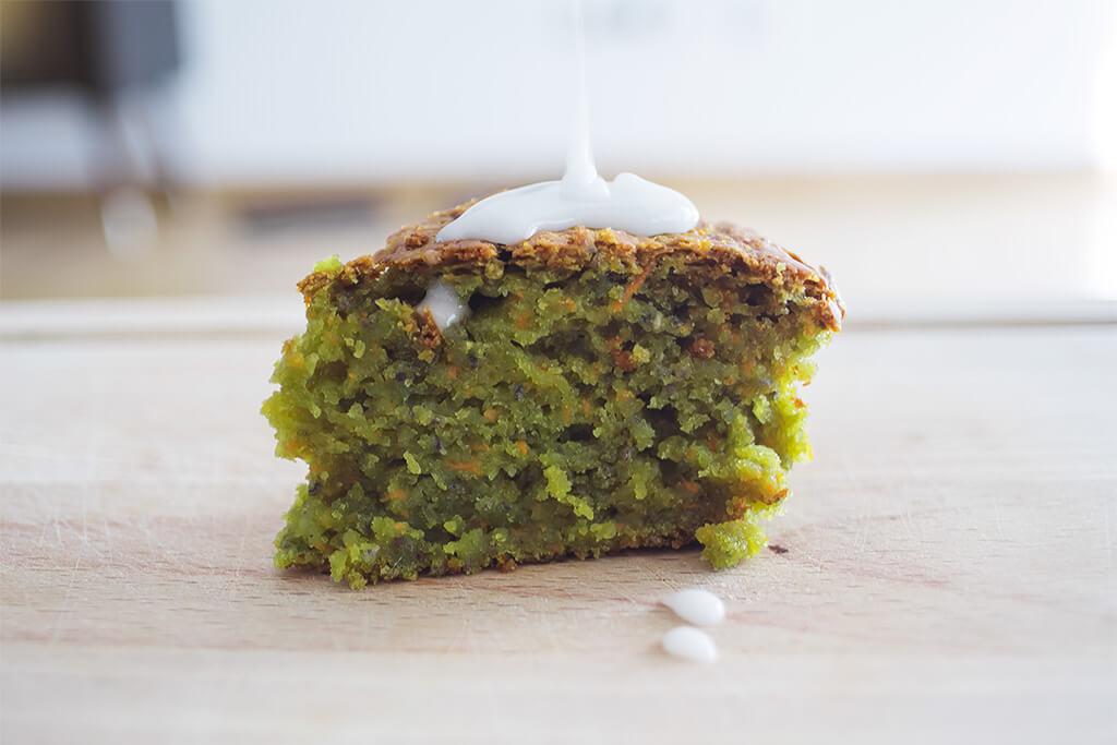 veganer Karotten Matcha Kuchen